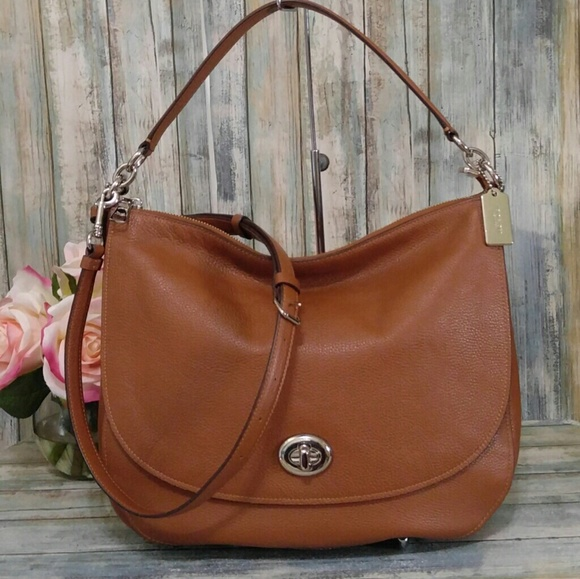 96afc14201 Coach Handbags - Coach saddle leather Large Turnlock Hobo